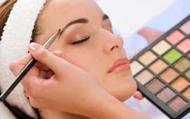 Cosmetologist – Hollywood Beauty College